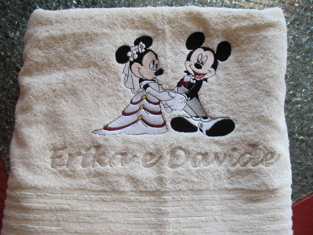 Mickey en Mini trouwen